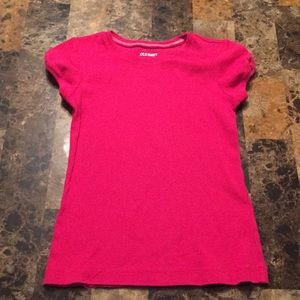 Old navy size 5 T-shirt!